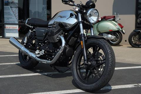 2018 Moto Guzzi V7 III Carbon Shine in Elk Grove, California - Photo 5
