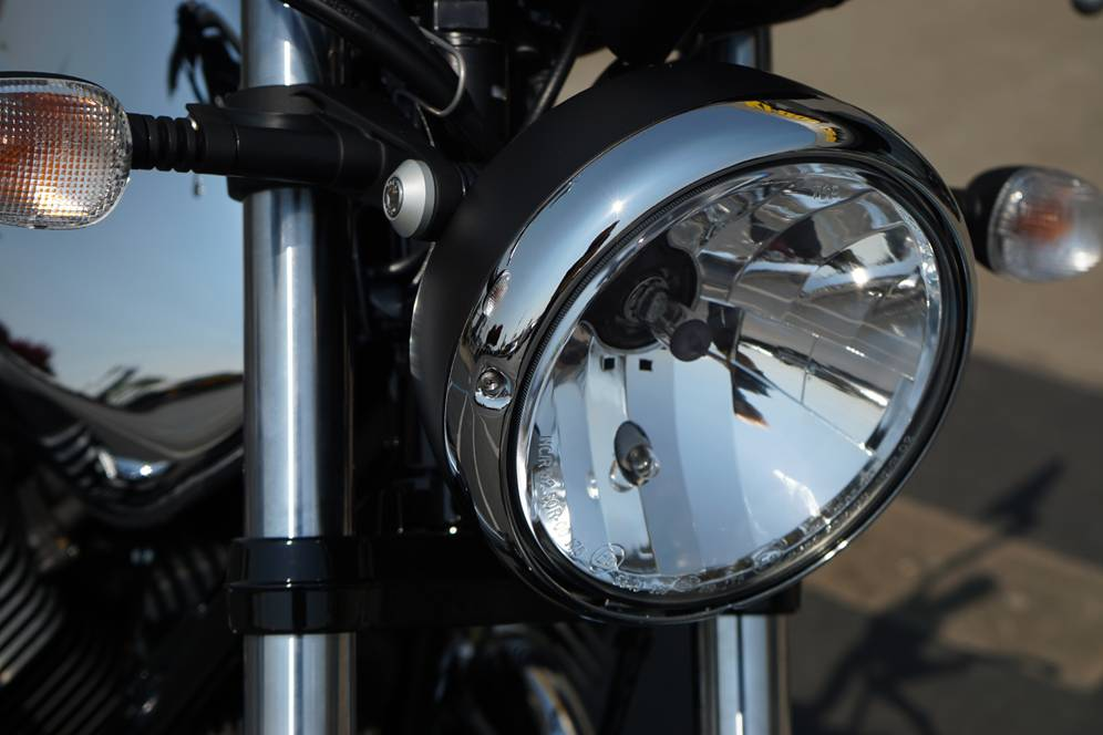 2018 Moto Guzzi V7 III Carbon Shine in Elk Grove, California - Photo 13