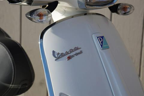 2017 Vespa Sprint 150 in Elk Grove, California - Photo 6