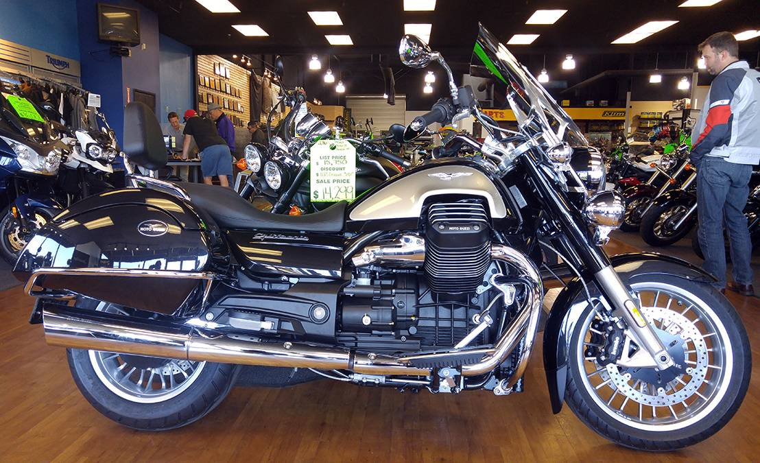 2017 Moto Guzzi California 1400 Touring ABS in Elk Grove, California