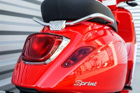 2020 Vespa Sprint 150 in Elk Grove, California - Photo 6