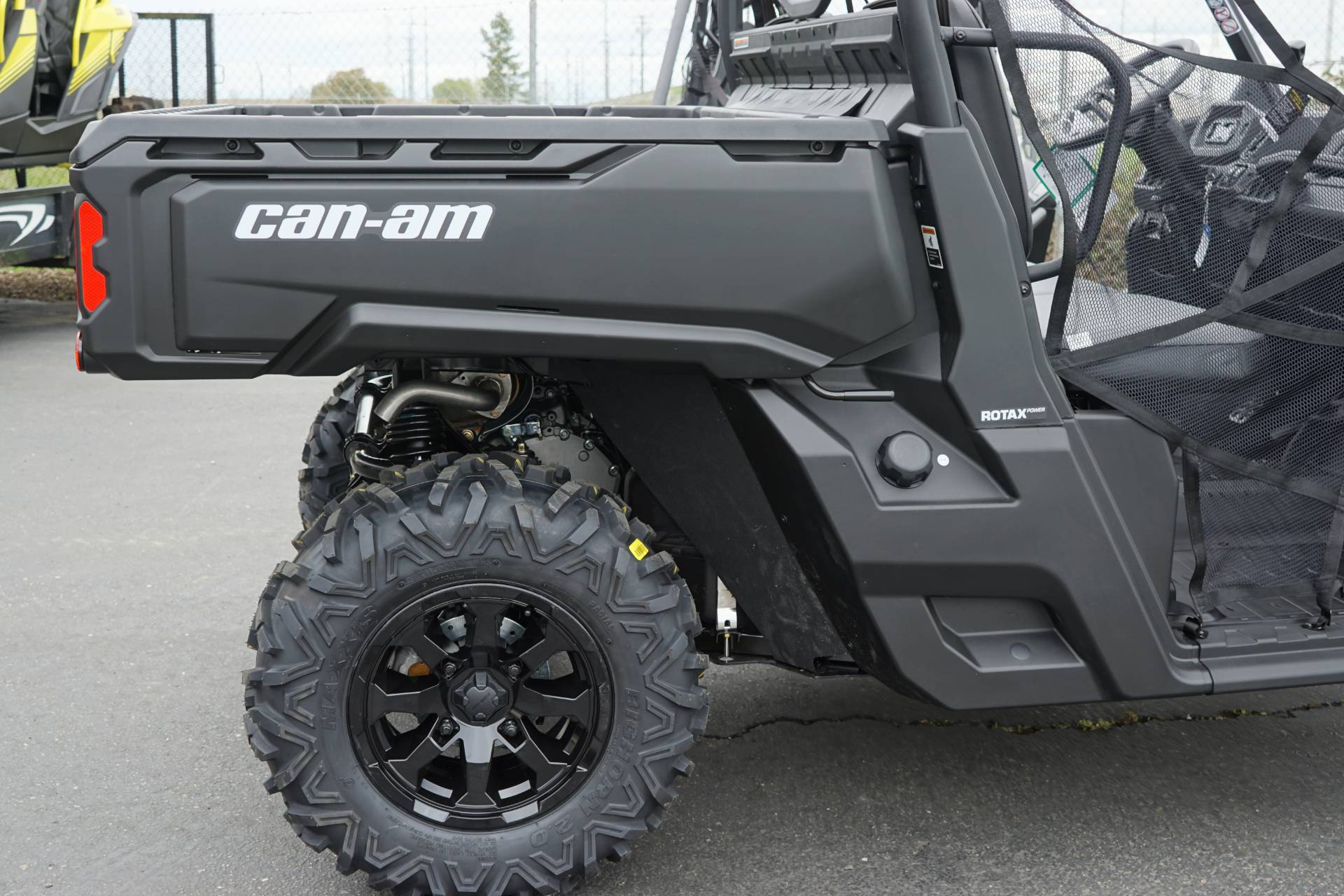 2019 Can-Am Defender DPS HD8 in Elk Grove, California - Photo 7