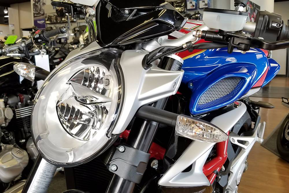 2017 MV Agusta BRUTALE 800 America in Elk Grove, California
