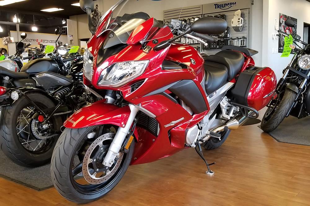2014 Yamaha FJR1300A 10