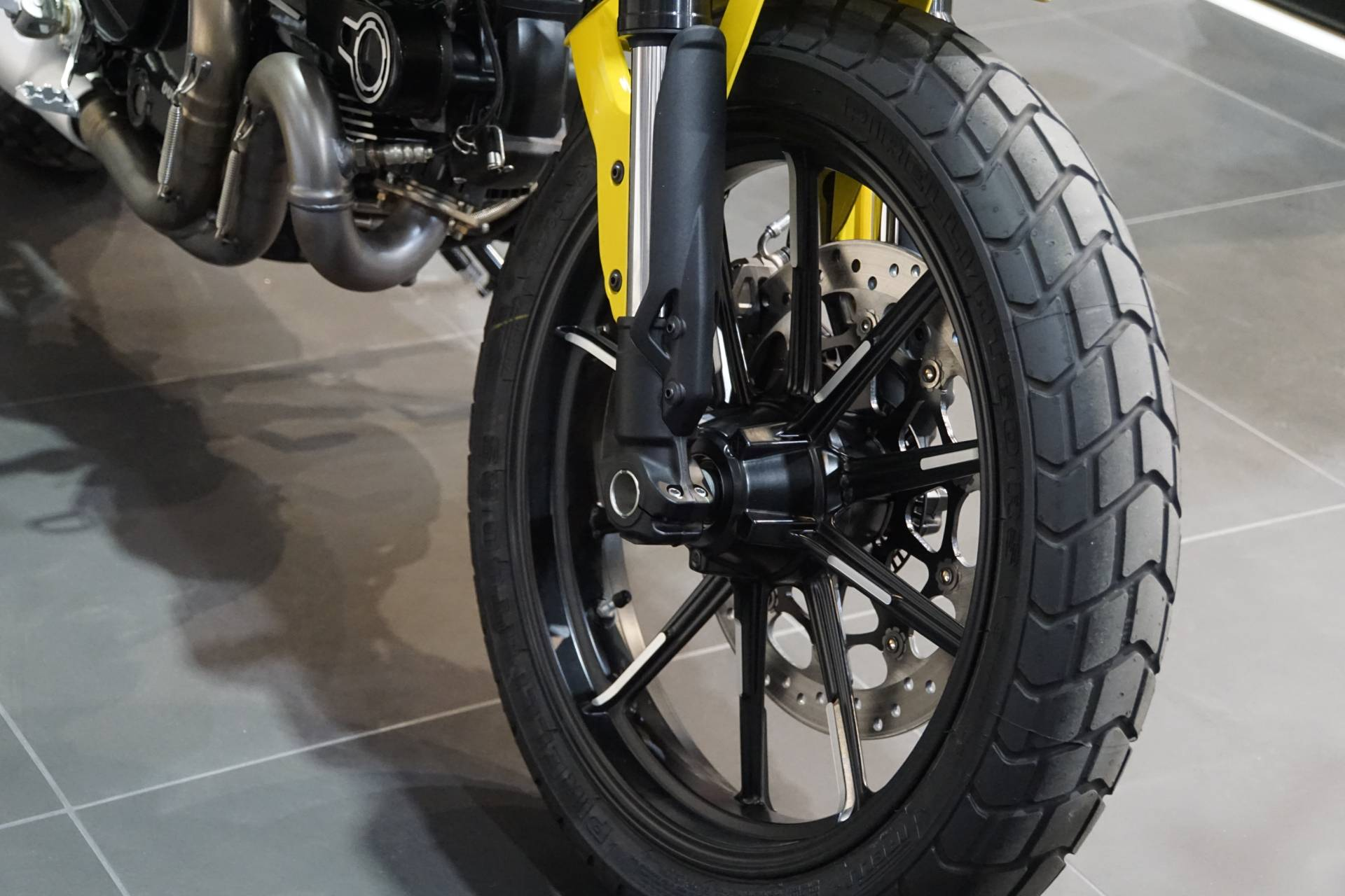 2020 Ducati Scrambler Icon in Elk Grove, California - Photo 2