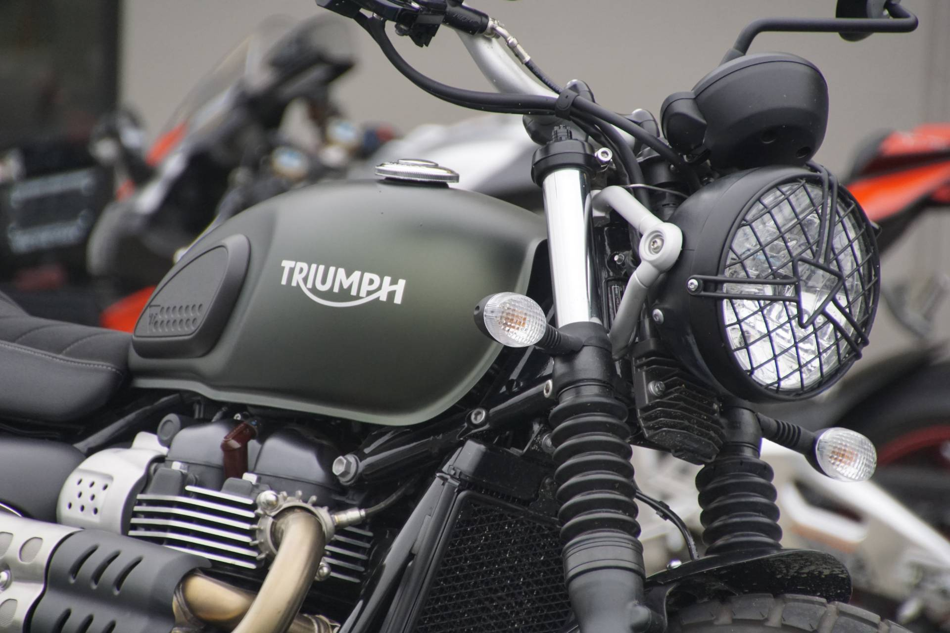 2018 Triumph Street Scrambler in Elk Grove, California - Photo 5