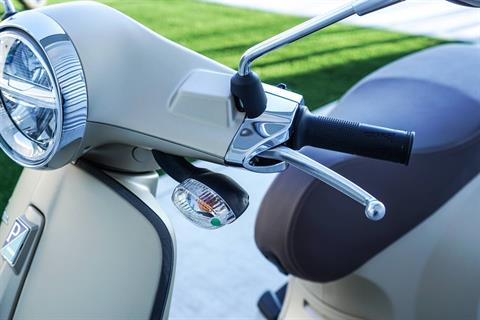 2020 Vespa Primavera 150 Sport in Elk Grove, California - Photo 4