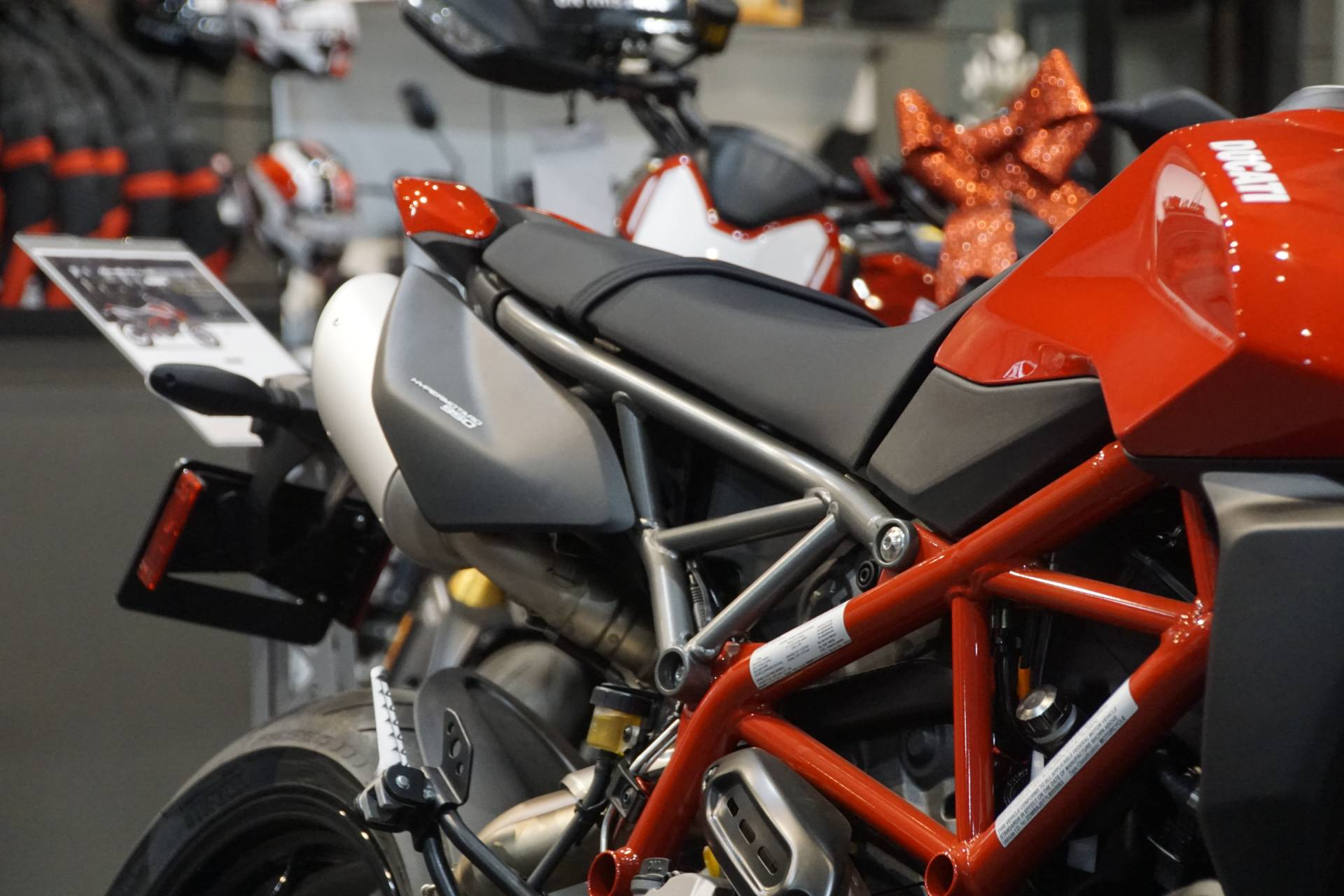 2020 Ducati Hypermotard 950 in Elk Grove, California - Photo 4