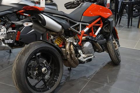 2020 Ducati Hypermotard 950 in Elk Grove, California - Photo 9