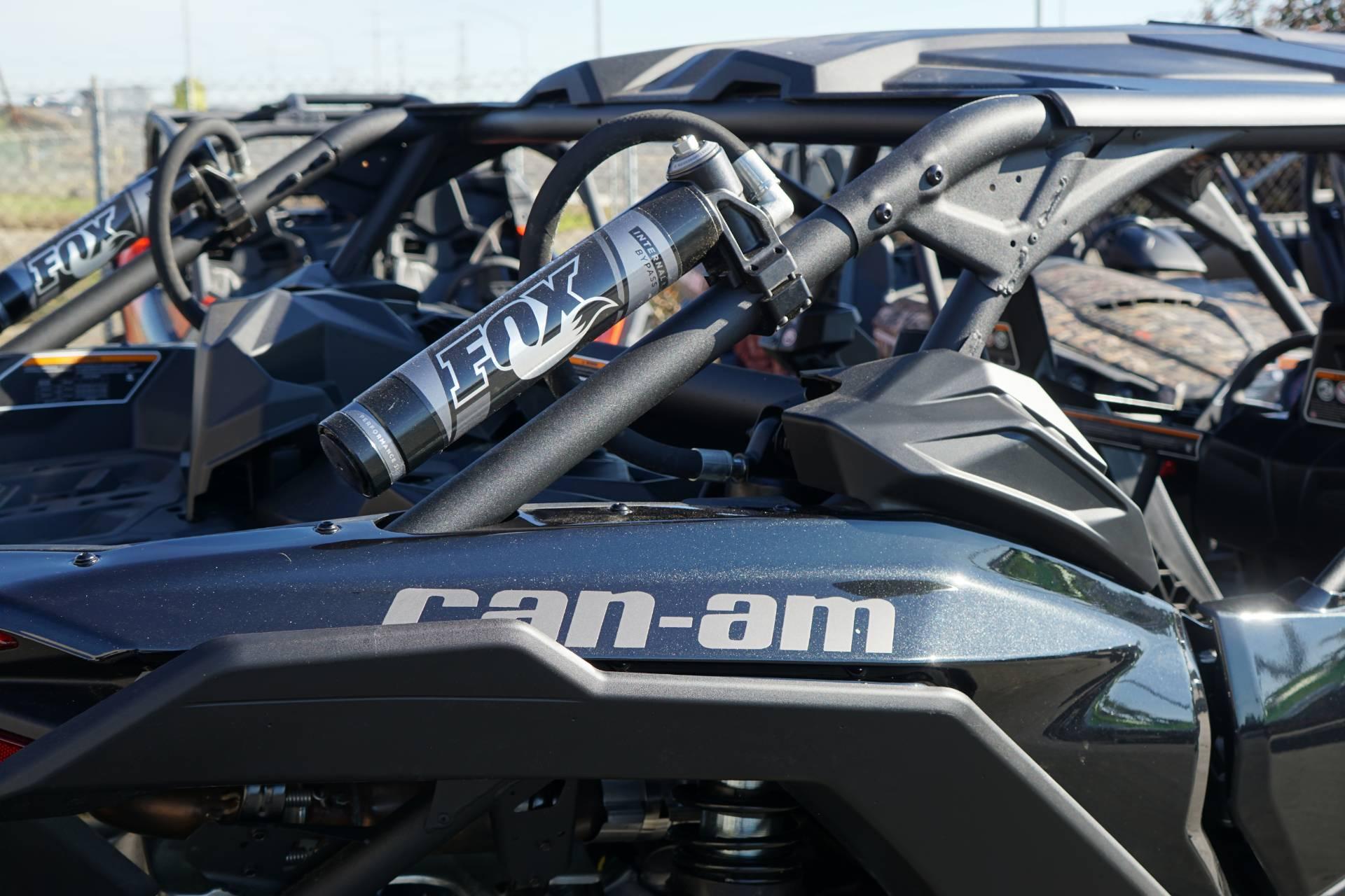 2019 Can-Am™ Maverick X3 Max X rs Turbo R 9