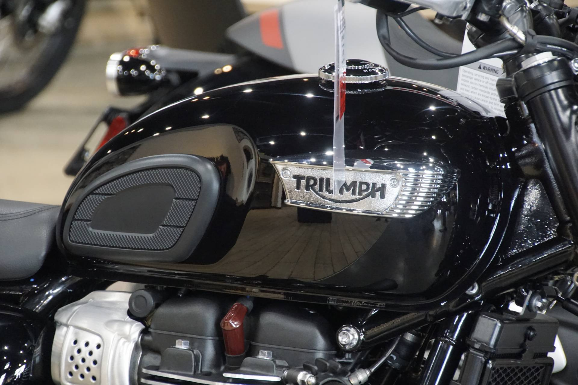 2020 Triumph Bonneville T100 Black in Elk Grove, California - Photo 6