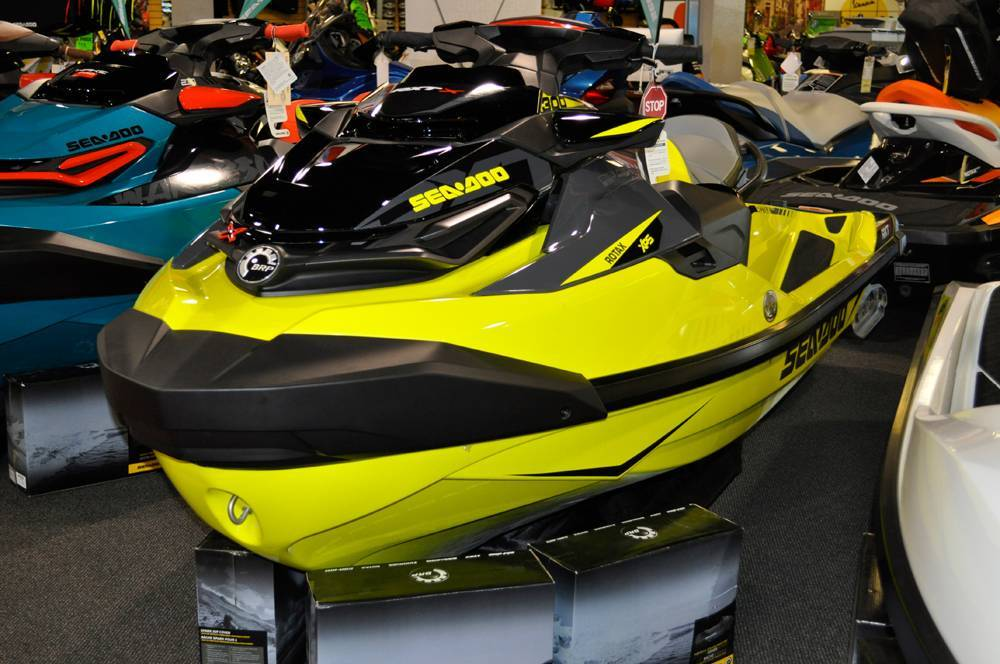 2018 Sea-Doo RXT-X 300 IBR Incl. Sound System in Elk Grove, California