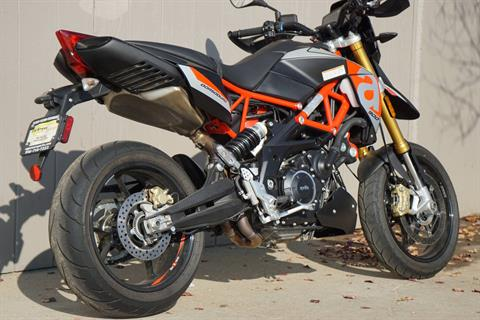 2018 Aprilia Dorsoduro 900 in Elk Grove, California