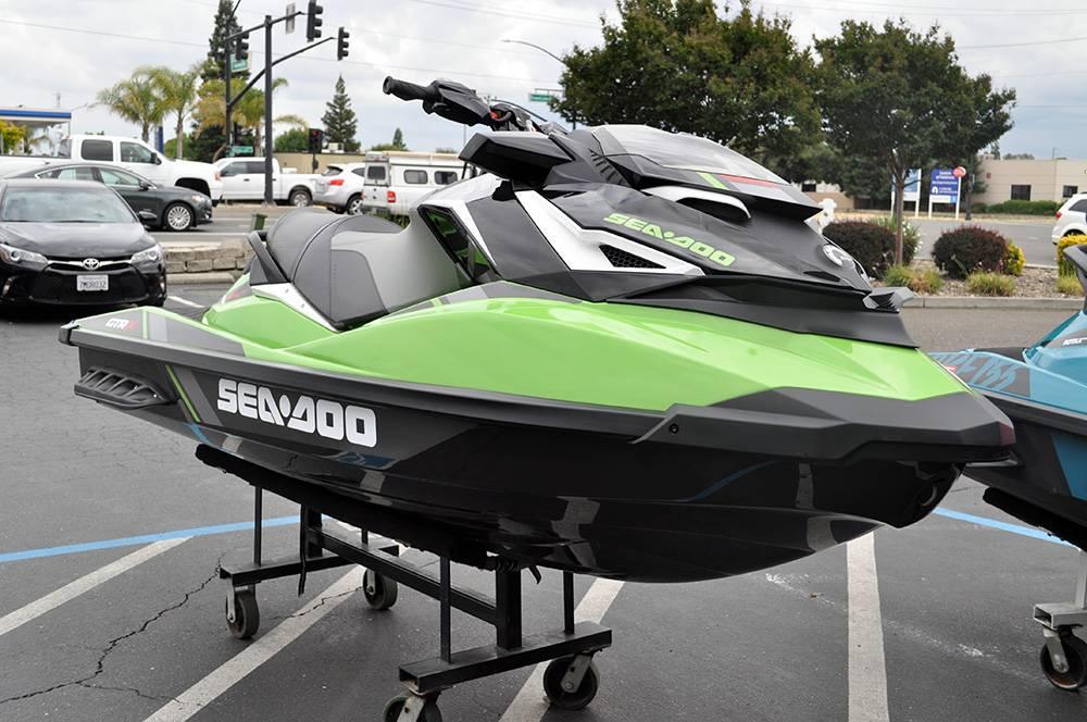 2018 Sea-Doo GTR-X 230 3