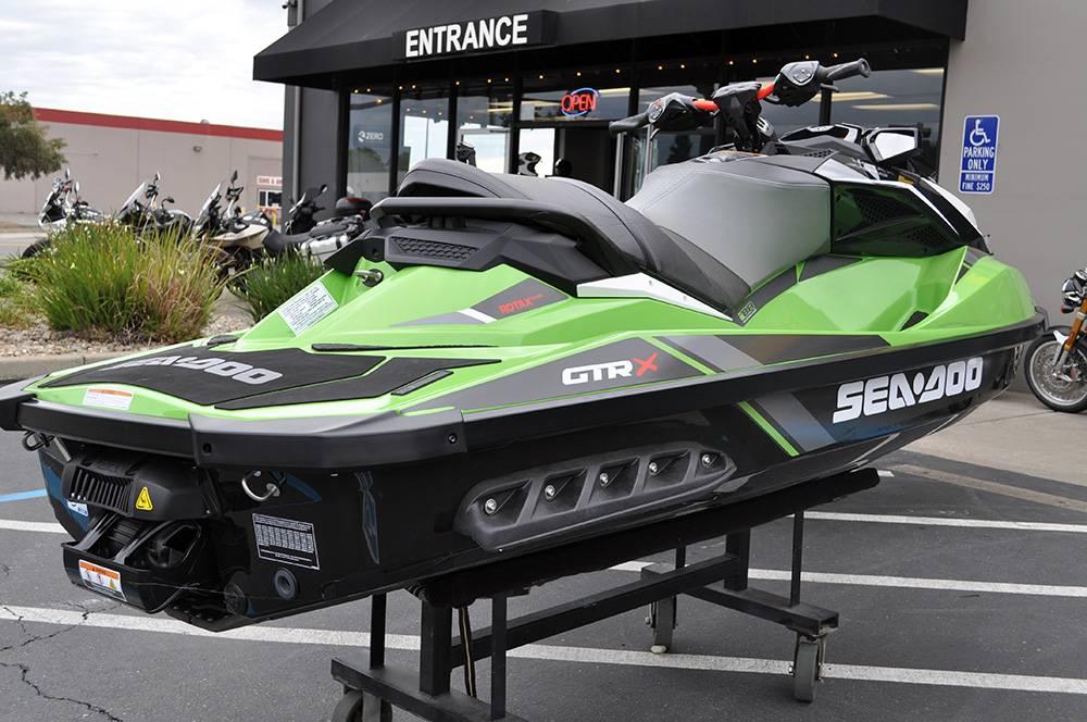 2018 Sea-Doo GTR-X 230 6