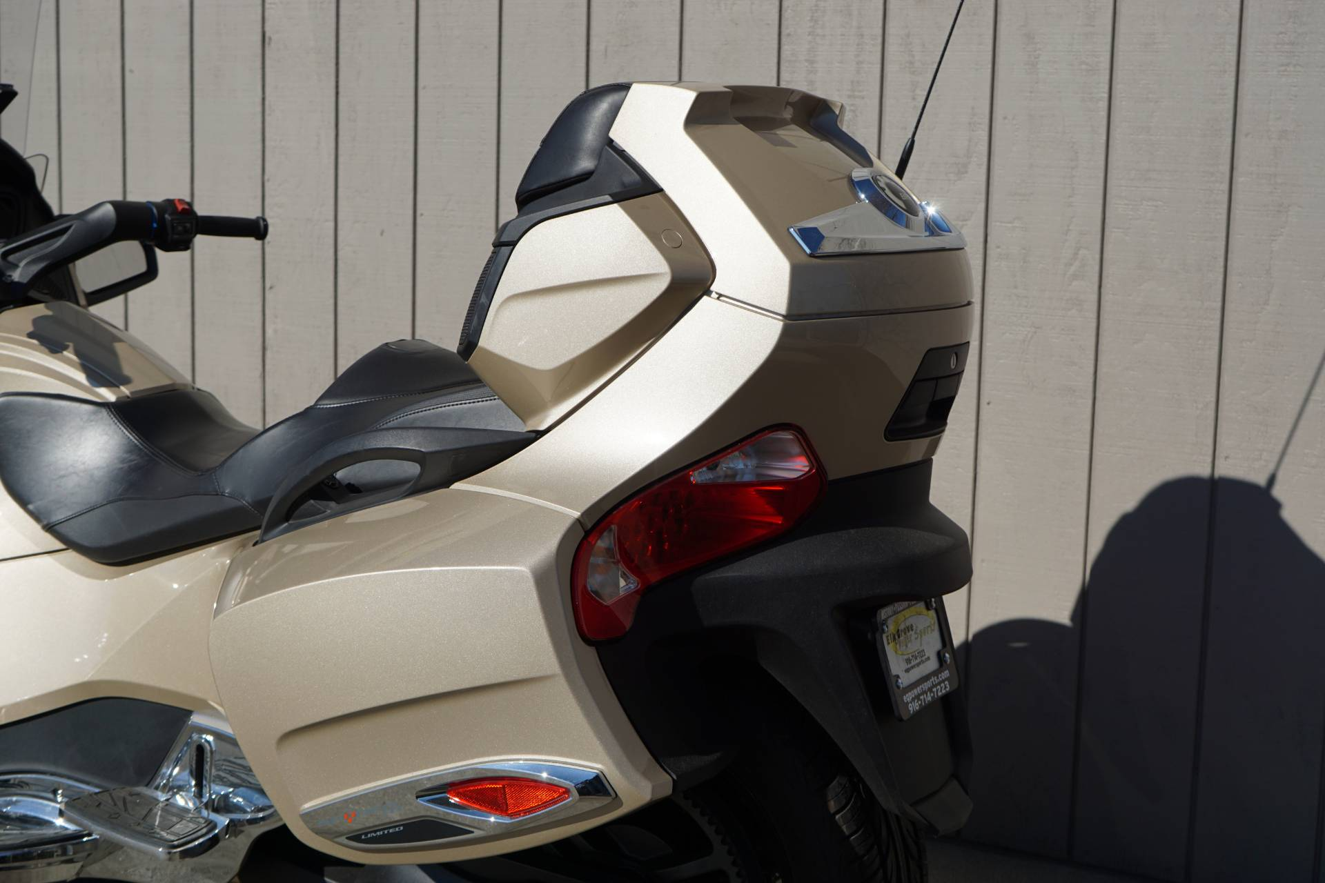 2018 Can-Am Spyder RT Limited in Elk Grove, California - Photo 6
