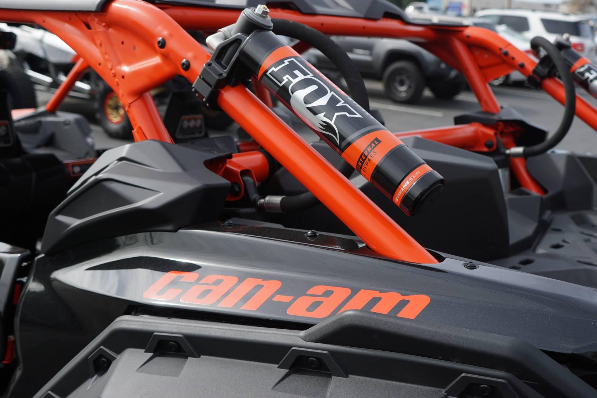 2018 Can-Am™ Maverick X3 Max X rs Turbo R 10