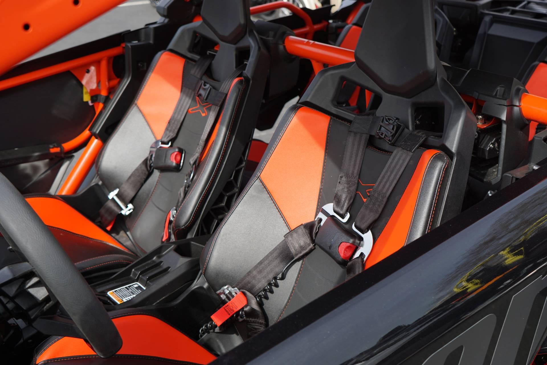 2018 Can-Am™ Maverick X3 Max X rs Turbo R 12