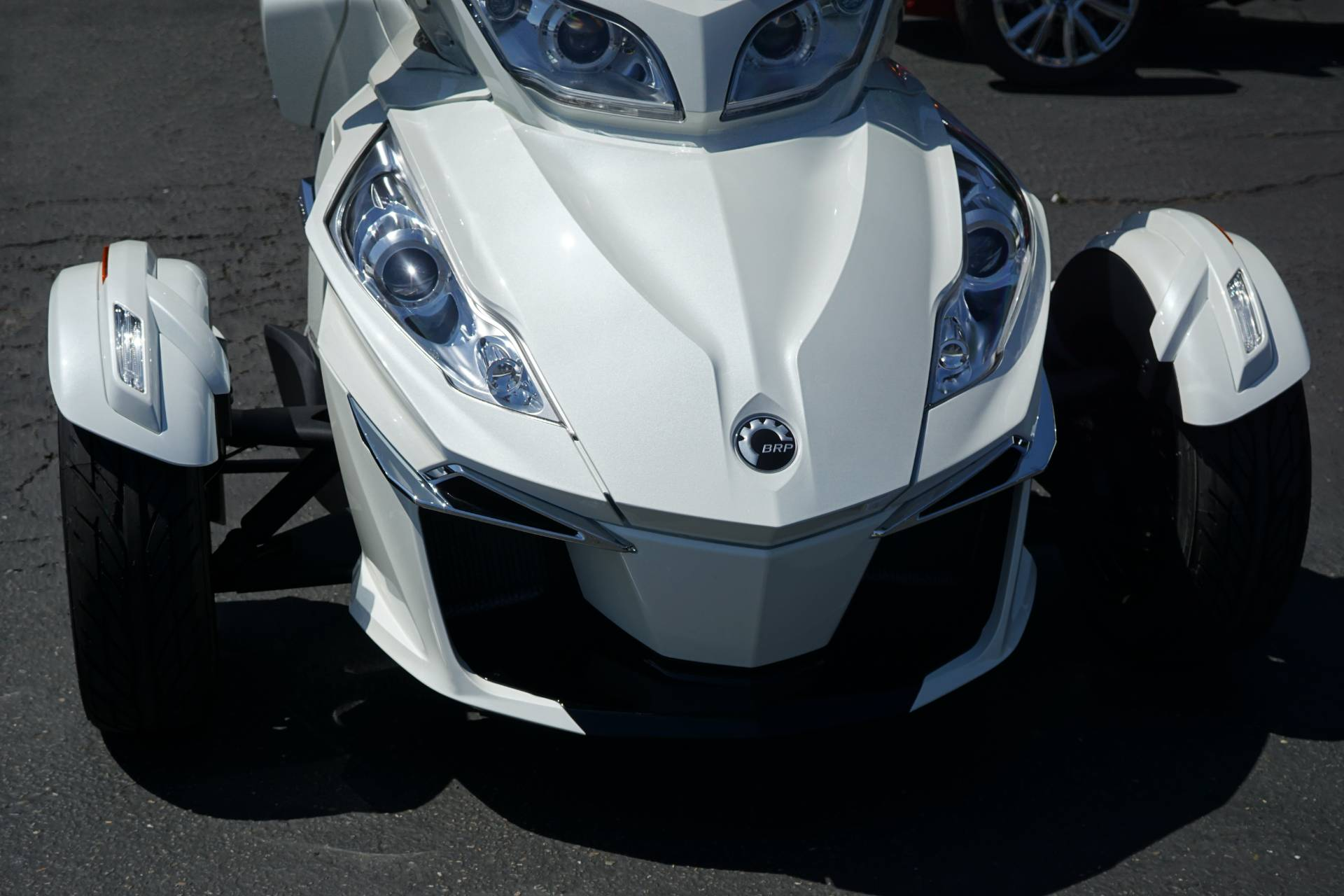 2018 Can-Am Spyder RT Limited in Elk Grove, California - Photo 9