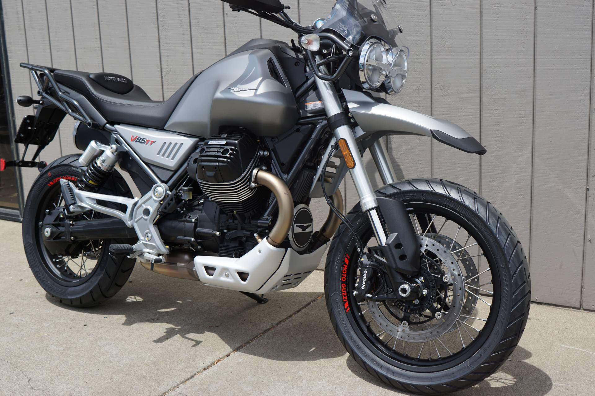 2020 Moto Guzzi V85 TT in Elk Grove, California - Photo 2