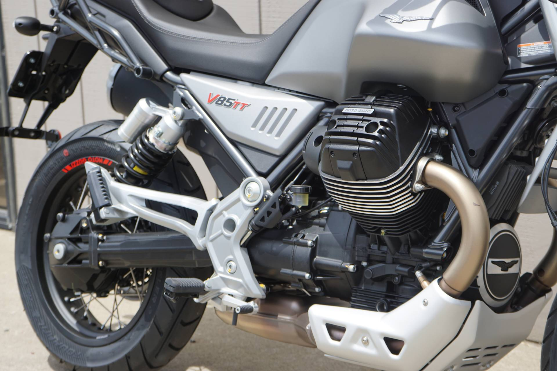 2020 Moto Guzzi V85 TT in Elk Grove, California - Photo 5