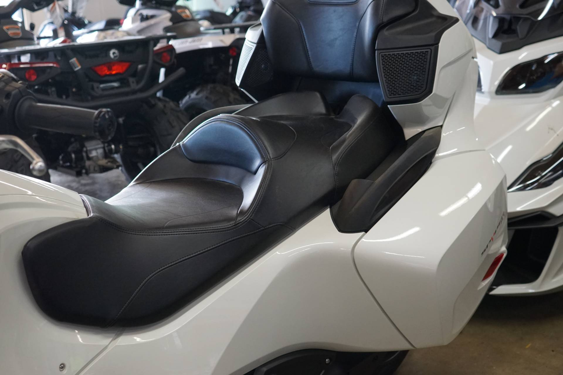2018 Can-Am Spyder RT SM6 in Elk Grove, California