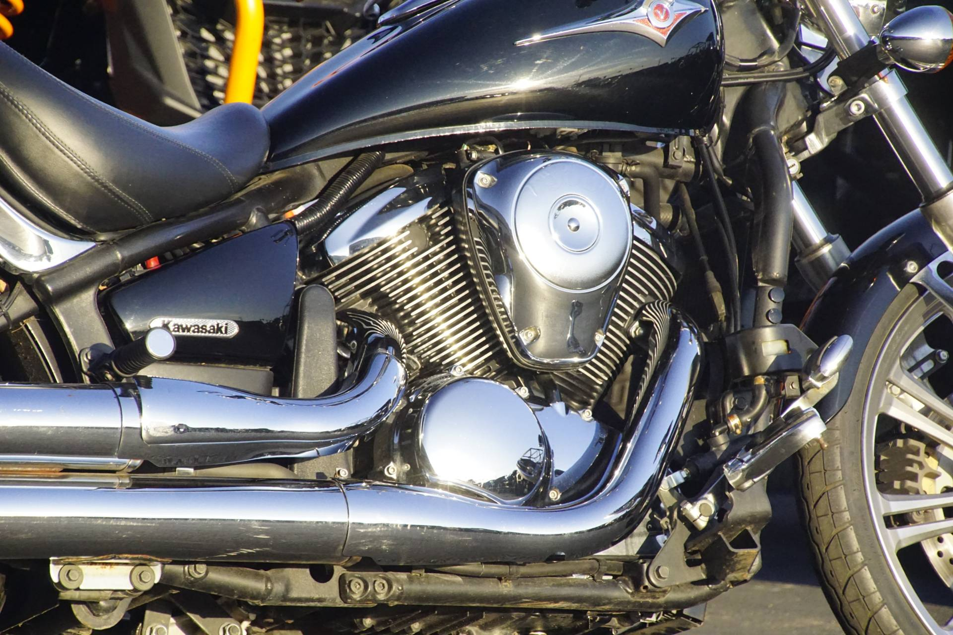 2007 Kawasaki Vulcan® 900 Custom in Elk Grove, California - Photo 12
