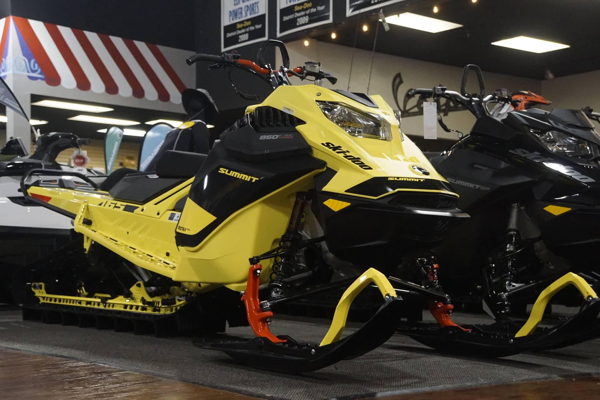2020 Ski-Doo Summit 165 850 E-TEC Turbo SHOT in Elk Grove, California - Photo 1