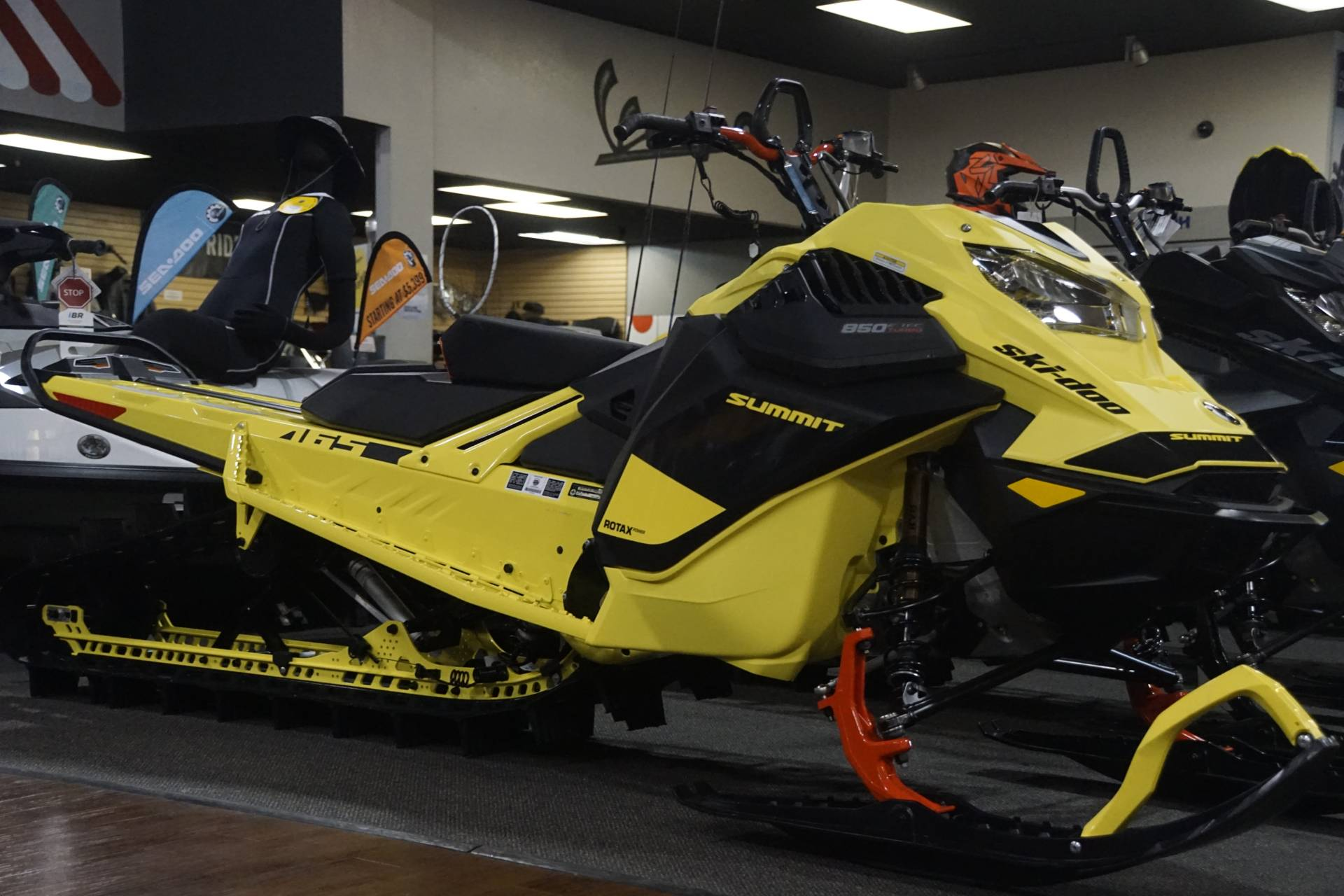 2020 Ski-Doo Summit 165 850 E-TEC Turbo SHOT in Elk Grove, California - Photo 2