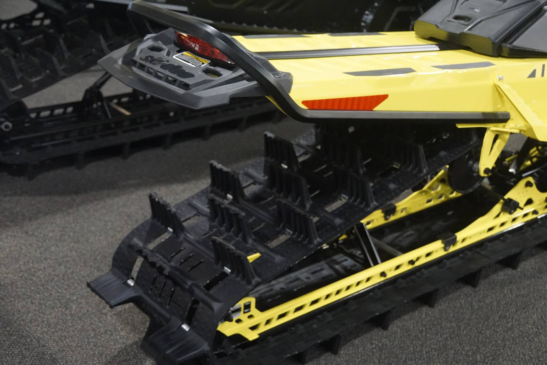 2020 Ski-Doo Summit 165 850 E-TEC Turbo SHOT in Elk Grove, California - Photo 11