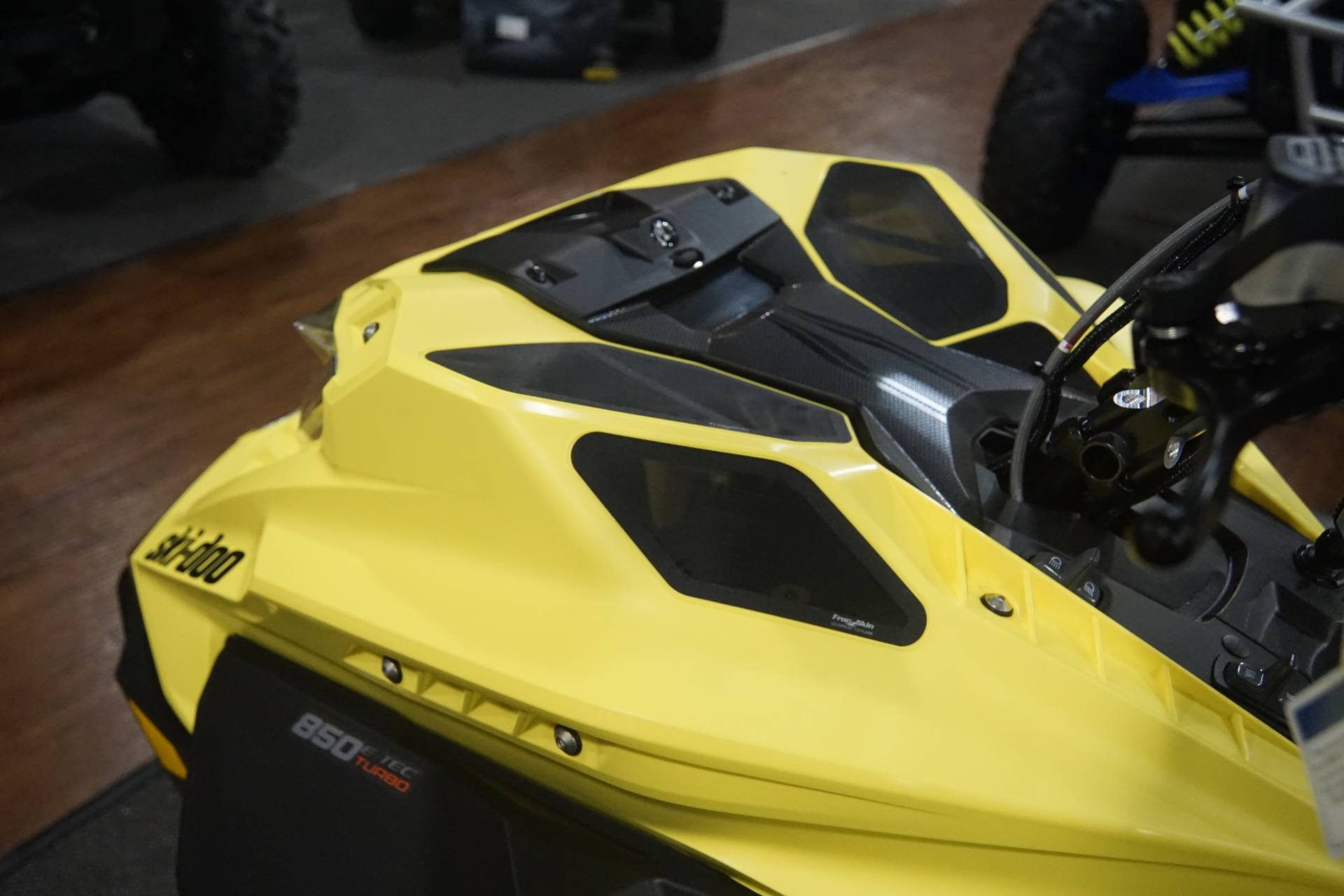 2020 Ski-Doo Summit 165 850 E-TEC Turbo SHOT in Elk Grove, California - Photo 12