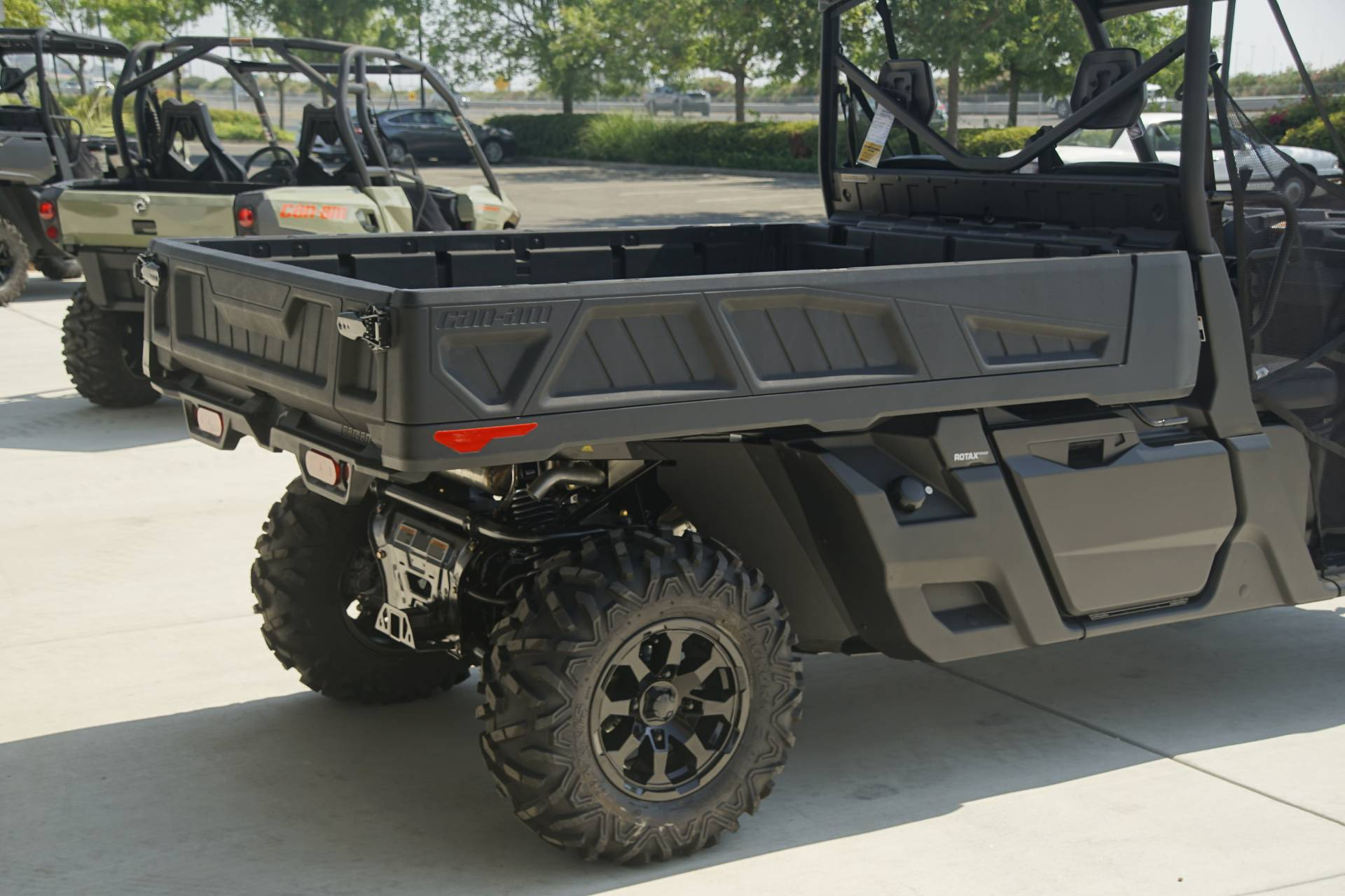 2020 Can-Am Defender Pro XT HD10 in Elk Grove, California - Photo 7