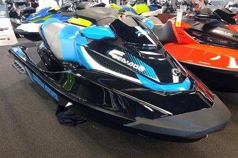2017 Sea-Doo RXT 260 in Elk Grove, California