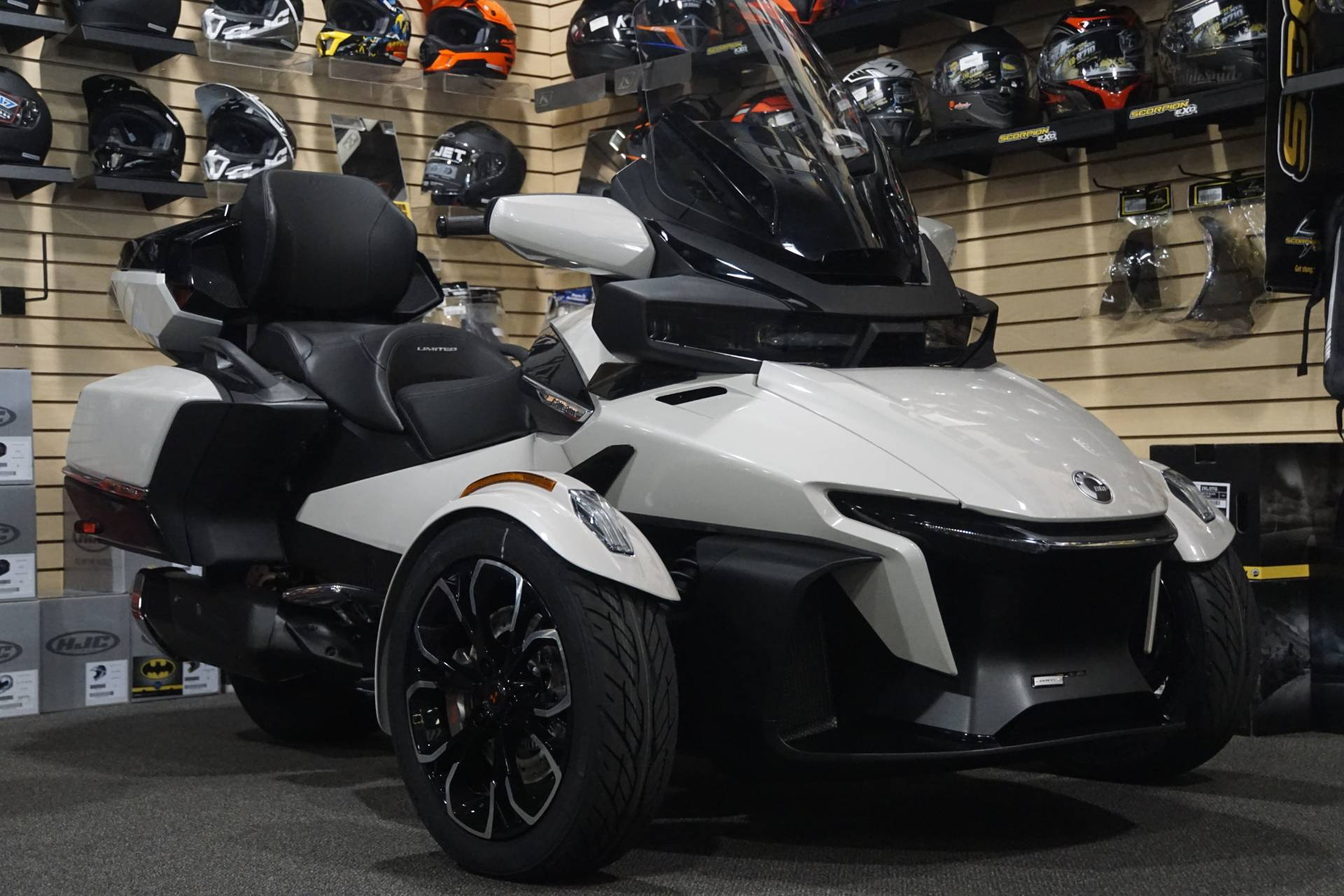 2020 Can-Am Spyder RT Limited in Elk Grove, California - Photo 1