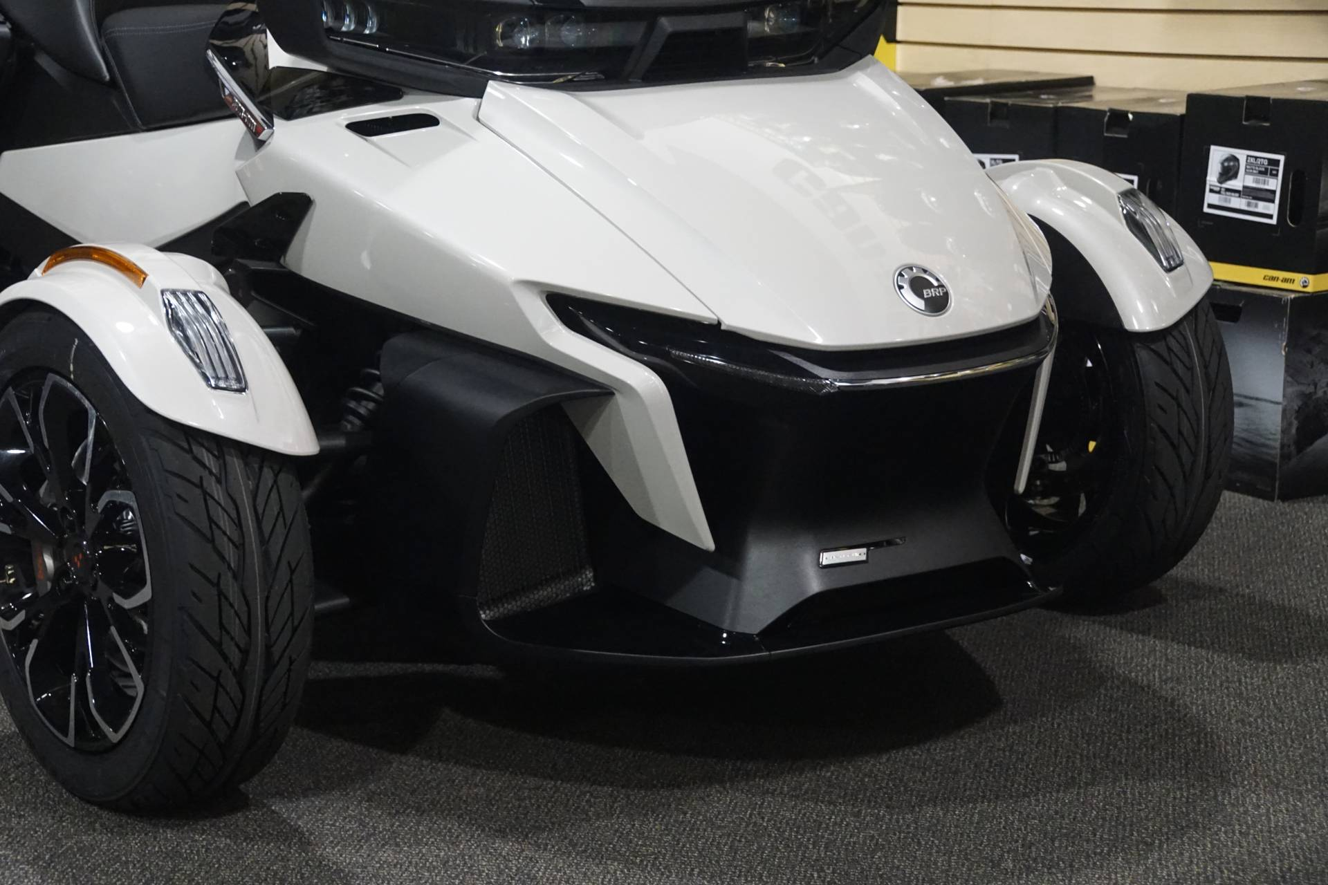 2020 Can-Am Spyder RT Limited in Elk Grove, California - Photo 2