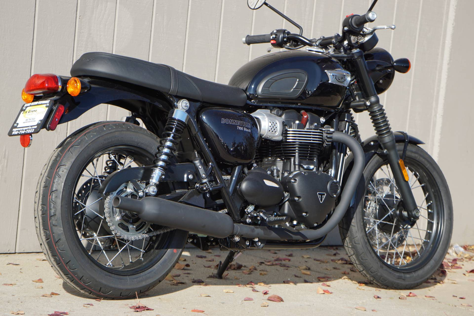 New 2018 Triumph Bonneville T100 Black Motorcycles In Elk Grove Ca