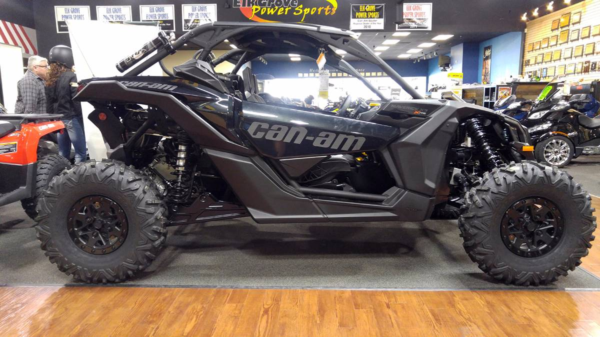2018 Can-Am™ Maverick X3 X rs Turbo R 3