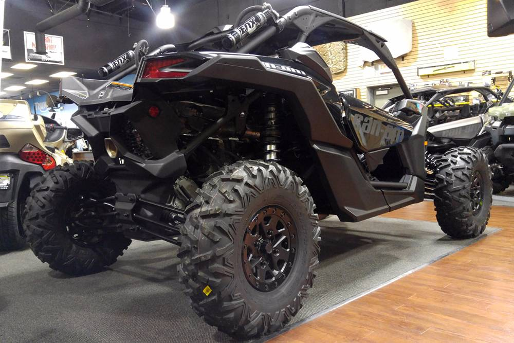 2018 Can-Am™ Maverick X3 X rs Turbo R 4