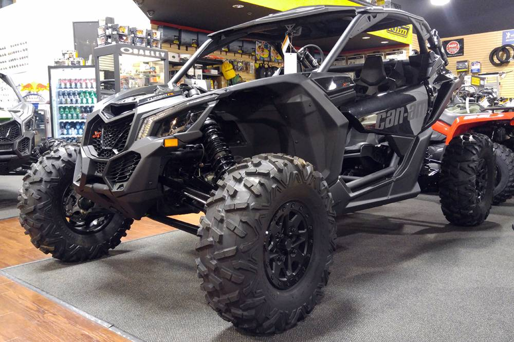 2018 Can-Am™ Maverick X3 X rs Turbo R 6