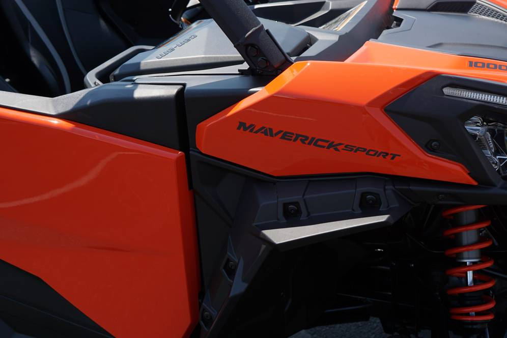 2019 Can-Am Maverick Sport DPS 1000R in Elk Grove, California
