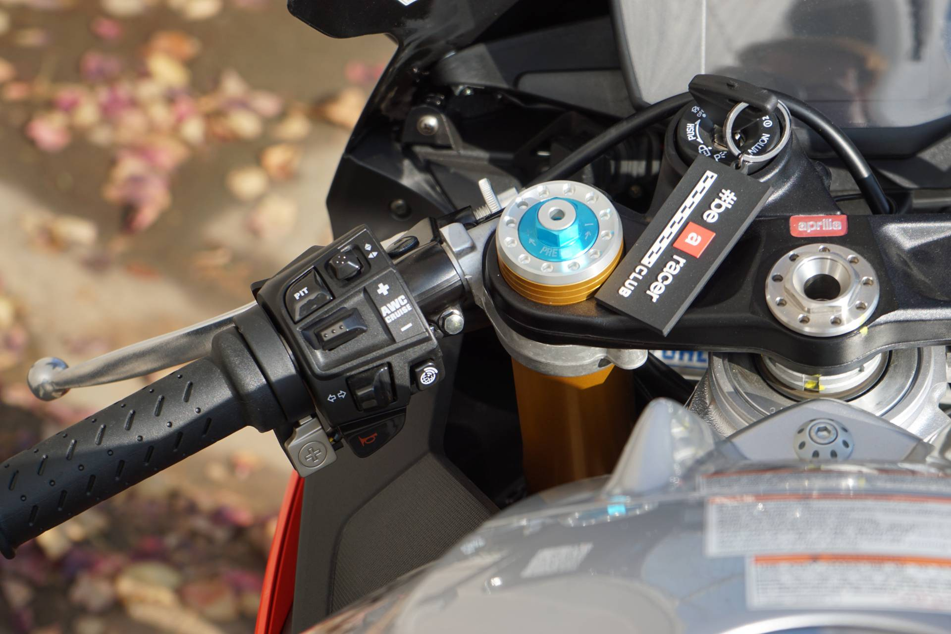 2018 Aprilia RSV4 RF in Elk Grove, California - Photo 16