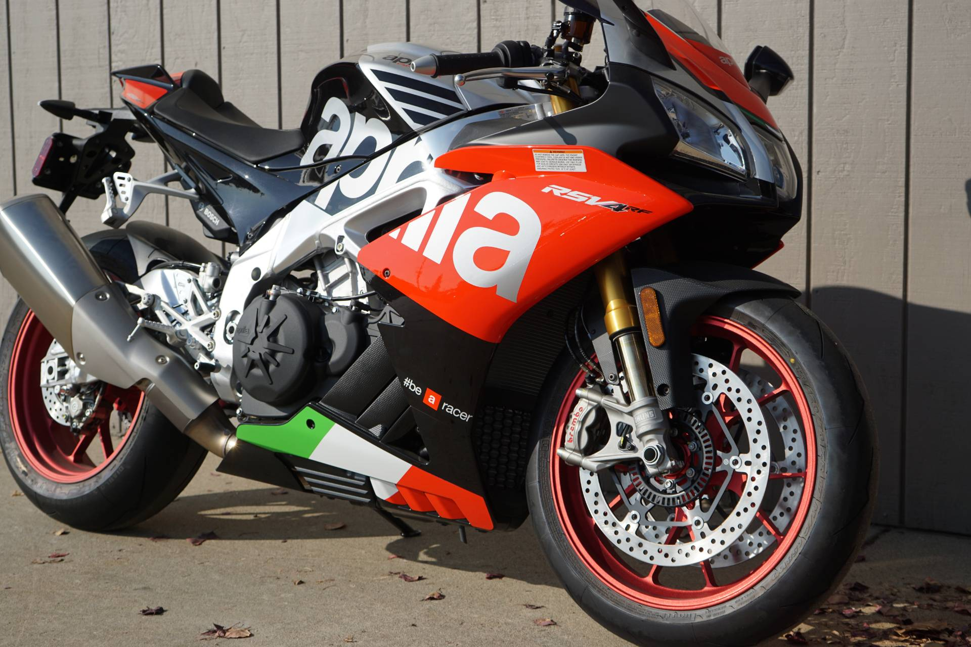 2018 Aprilia RSV4 RF in Elk Grove, California - Photo 2