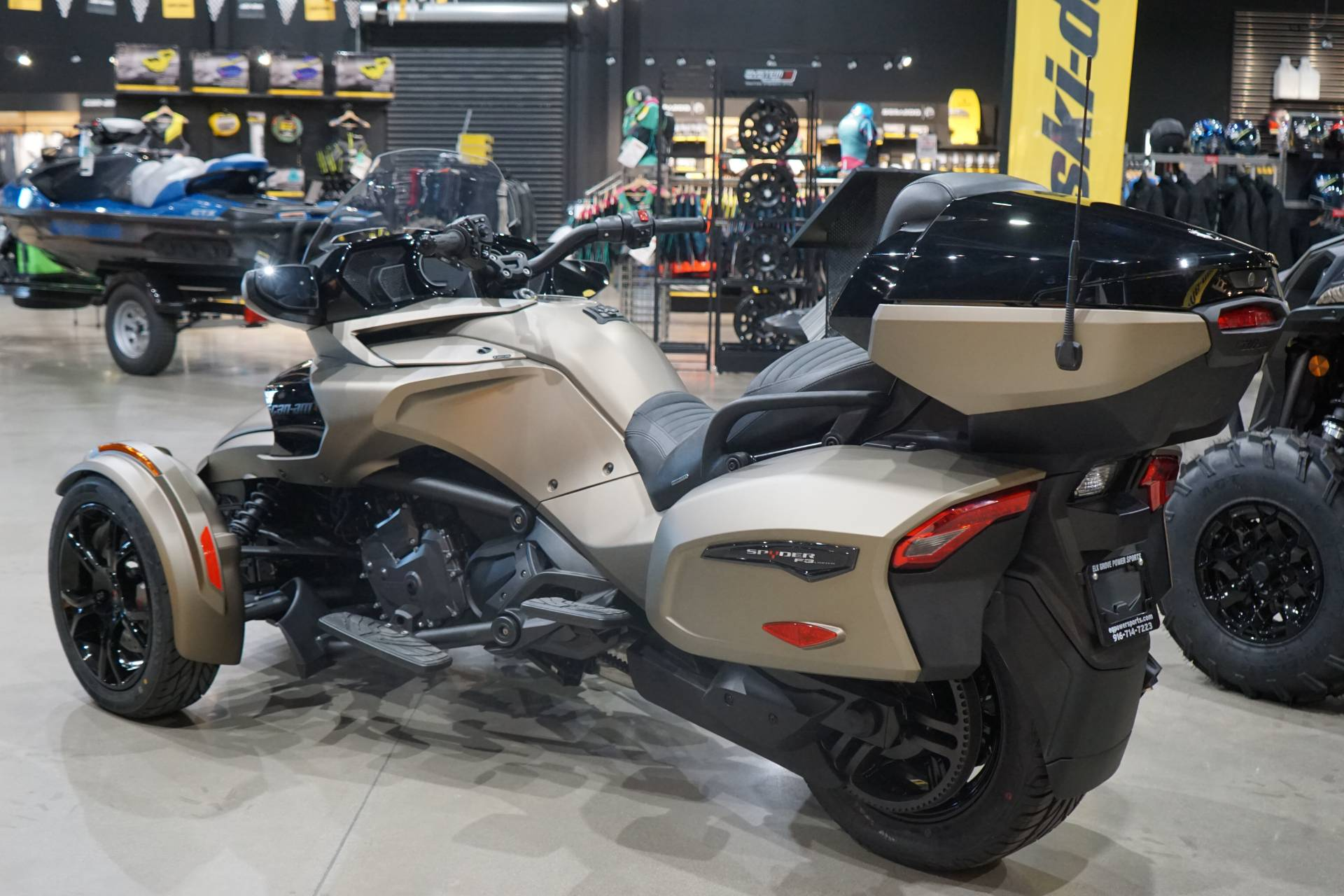2021 Can-Am Spyder F3 Limited in Elk Grove, California - Photo 3