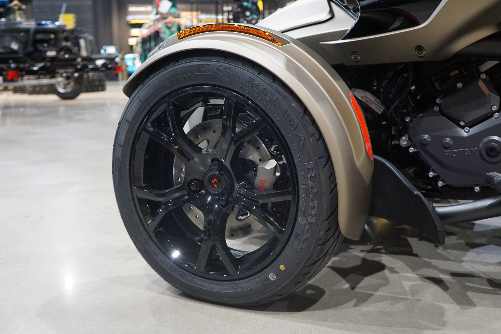 2021 Can-Am Spyder F3 Limited in Elk Grove, California - Photo 9
