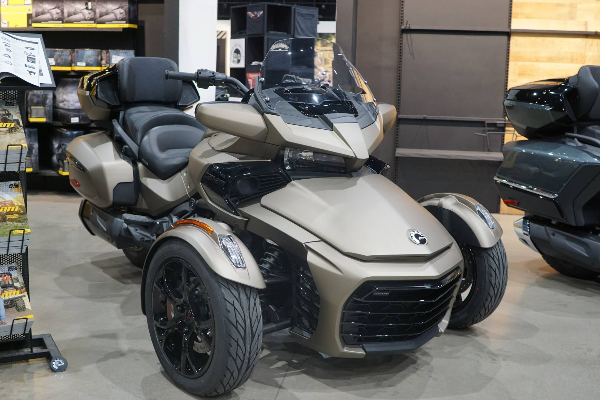 2021 Can-Am Spyder F3 Limited in Elk Grove, California - Photo 1