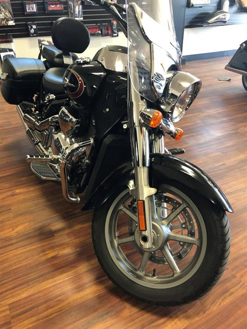 2016 Suzuki Boulevard C90T in Hollister, California - Photo 1