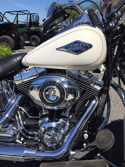 2015 Harley-Davidson Heritage Softail® Classic in Hollister, California - Photo 5