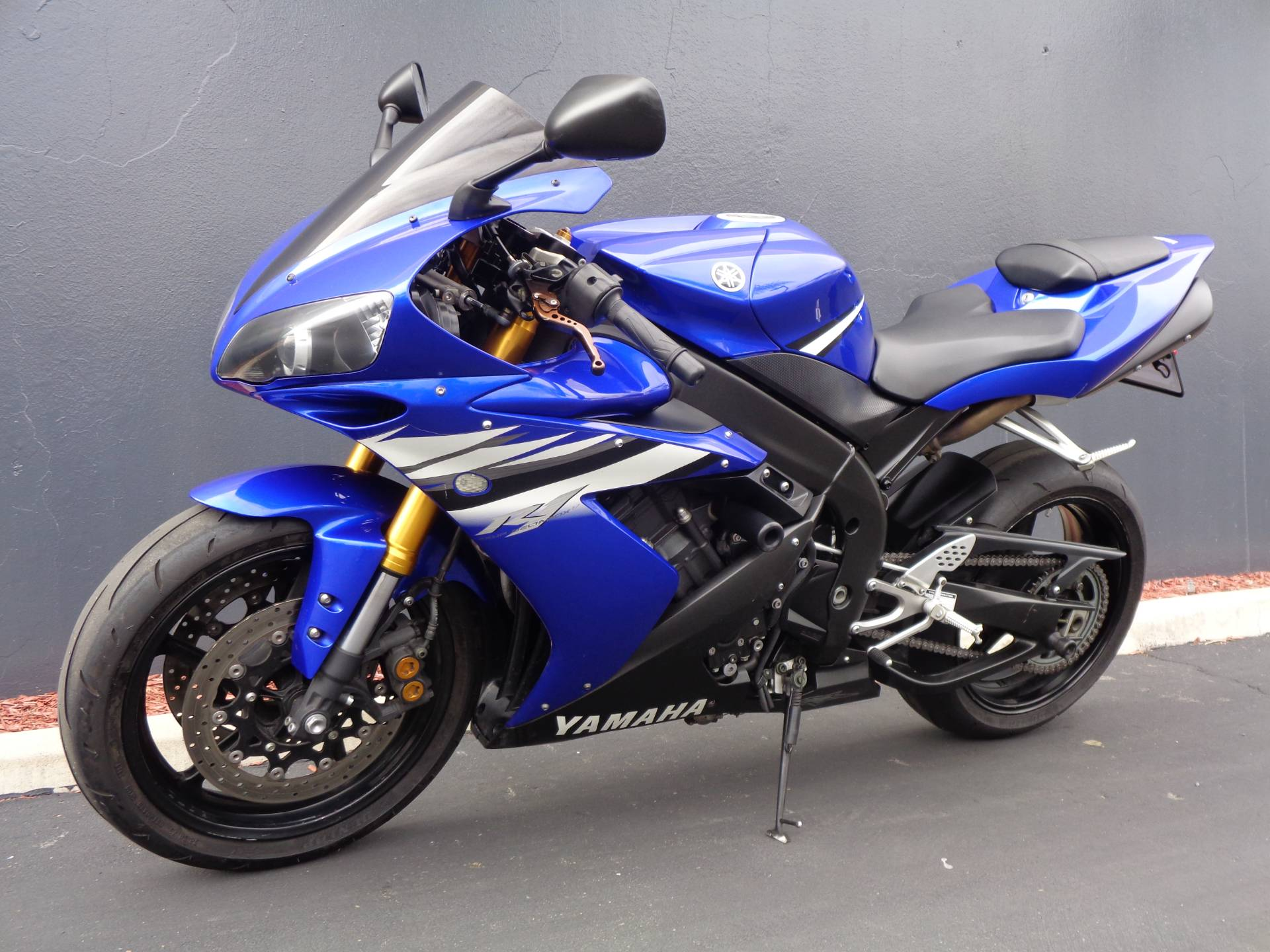 2006 Yamaha YZFR1 in Chula Vista, California - Photo 10