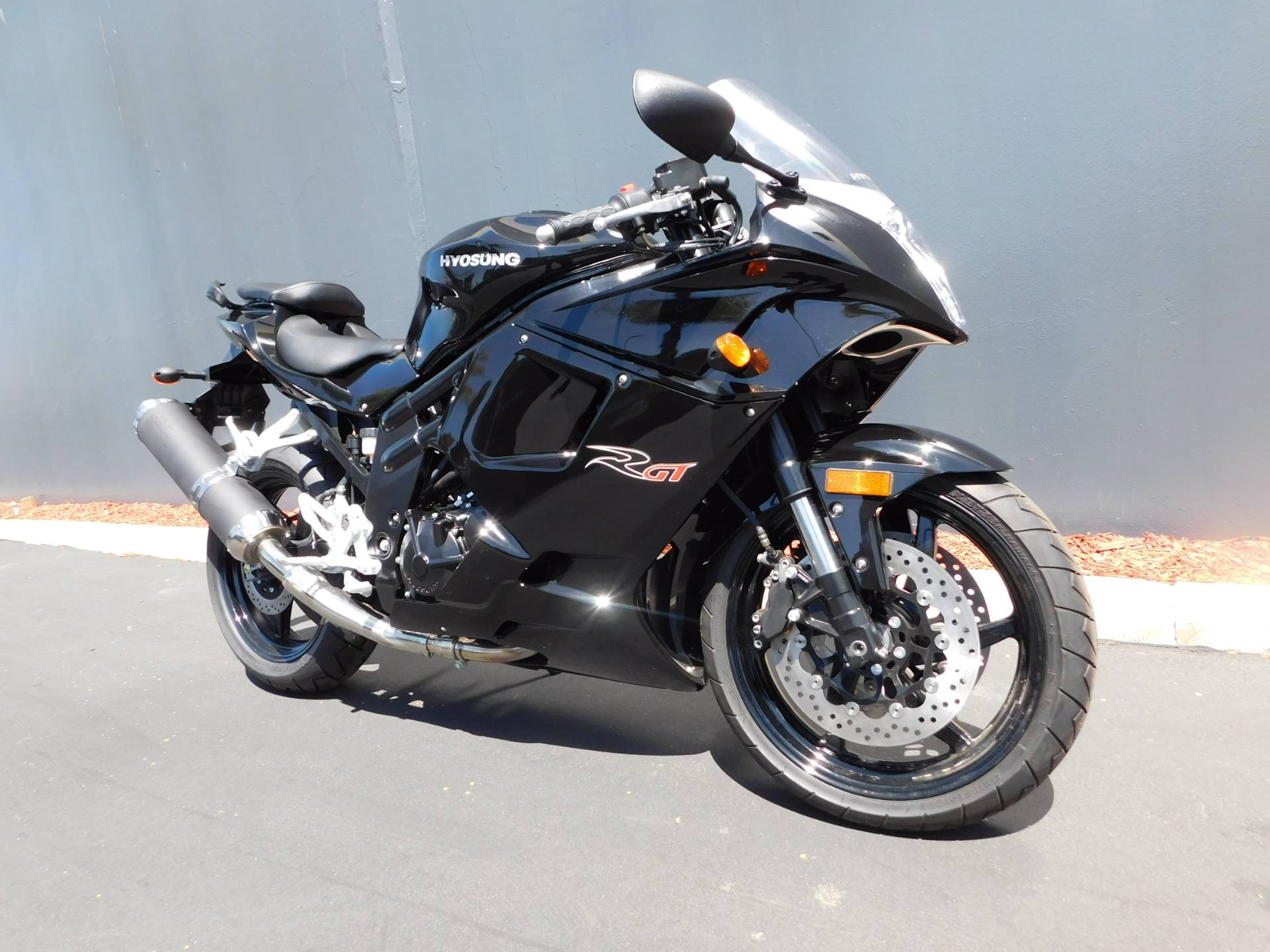 2016 Hyosung GT650R in Chula Vista, California