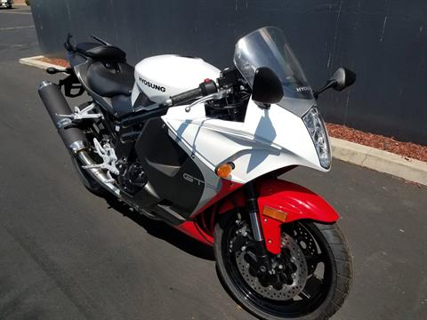 2015 Hyosung GT650R in Chula Vista, California